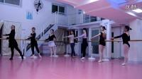 W舞蹈寒假芭蕾集训——把上