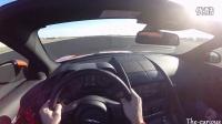 捷豹F-TYPE V6的驾驶快感