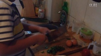 爆笑小宝搞笑做美食用石油做家常菜问爸爸去哪儿快到碗里来亲子教育