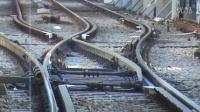 普通铁路道岔转辄器工作原理