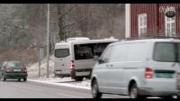 【掘图志】挪威的盲人协会出了一个公益广告,如果导盲犬变成了导盲羊、导盲牛、导盲鸭