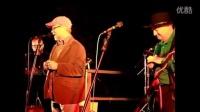 Charlie McCoy and Buddy Greene - Harp Playing Fools - YouTube [360p]