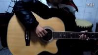 自贡传吉琴行0基础小学员小贺第一节课学习右手弹奏