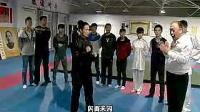 《一代宗师》导演王家卫先生拜访心意拳武术宗师梁晓峰先生