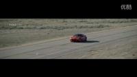 速度与激情的她 捷豹F-TYPE SVR两百英里加速
