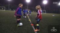 U6-U8青少年足球一对一对抗练习--镜子游戏