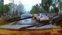 Mio MiVue™ 628行车记录仪_白天下雨实拍_1080P(请以1080P观看)