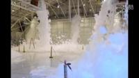 这4百万美元机器2分钟把飞机库填满泡沫!
