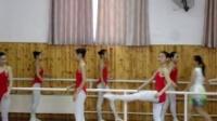 武汉体育舞蹈艺术学校高一B班公开课 MOV08087