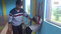 印度柔术教练的腰部柔韧训练教学