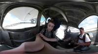VR全景视频 一妹子记录自己第一次跳伞全过程 后面超刺激