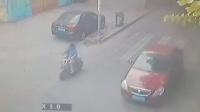 监拍,光天化日广西柳州北雀路一女子路边惨遭杀害