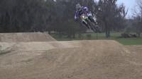 摩托车野外极限挑战