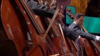 巴伦博伊姆  指挥东西方合奏乐团贝多芬  第五交响曲 命运 _高清