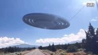 2016年11月国外行车记录仪近距离拍到巨大飞碟