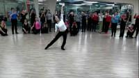蒙古族舞演示《天边》正面