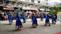 西宁三角花园藏族锅庄视频4《雪山姑娘》