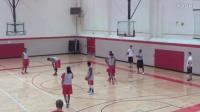 红鸟篮球队内训中锋要位和给中锋喂球练习Post Entry_Post Feeding