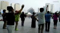 西宁中心广场藏族锅庄视频29《吉祥谣》