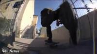 他的脚就像一块磁铁一样,吸着滑板,要不然怎么能做出这么多动作!!