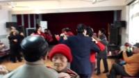 陈宝沛崔明珠(2)《严桥路150弄由由七村活动室舞厅》20170209