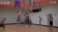 、蜂王Chris Paul举办的篮球训练营