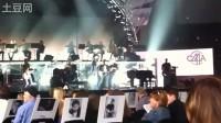 Jason Aldean Kelly Clarkson 2010 CMA 彩排