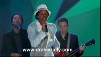 【猴姆独家】K'Naan联手Drake和Justin Bieber最新现场首秀南非世界杯主题曲
