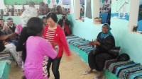 (01:11)埃及民族村艺人与中国游客互动1