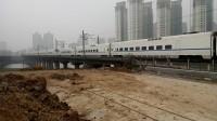 动车D5246次出襄阳火车站