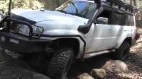 太爽!硬派SUV森林岩石路段极限越野