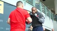 格锐搏击会馆-UFC 210- Daniel Cormier 公开训练