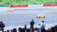 林志颖参赛F1赛车比赛现场实拍!