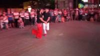 广灵姐弟广场舞来了,逆天啊!