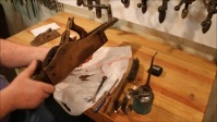 ANTIQUE SHOP FINDS - STANLEY No. 8 PLANE - PART 1 - DISASSEMBLY & EXAMINATION