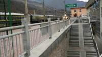 宝成铁路 西局西段SS7D-0008 K1364次(成都 - 北京西)两当站1道停车
