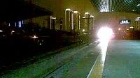 4420晚点到达塘沽站进三站台