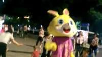 广场儿童游玩2018年7月