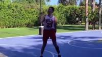模仿帝模仿篮球之神!每个动作都是乔帮主的经典!