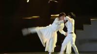 上海演唱会现代舞蹈《大鱼》精彩的演绎!