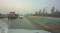 交通事故集锦44助你提高安全意识: 转自交通事故video: 侣途帮