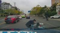 交通事故集锦43助你提高安全意识: 转自交通事故video: 侣途帮
