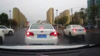 交通事故集锦47助你提高安全意识: 转自交通事故video: 侣途帮
