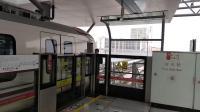 广州地铁14号线巧克力在太平往广州火车站方向关门出站