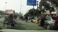 交通事故集锦53助你提高安全意识: 转自交通事故video: 侣途帮