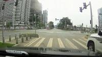 交通事故集锦55助你提高安全意识: 转自交通事故video: 侣途帮