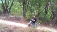 20150514:骑着踏板车去山坡上玩耍