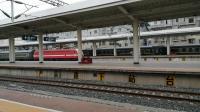 客车6067(广元-兰州)广元出站