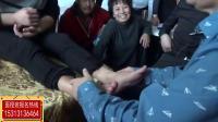 黄炳荣帮学员诊断脚部问题