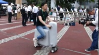 最轻巧的折叠电动车,充点气就能骑,骑完直接塞包里